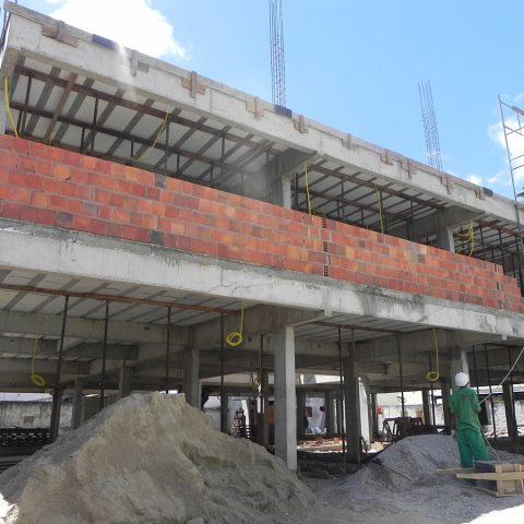 Edifício Comercial/Residencial Montese Fortaleza-CE